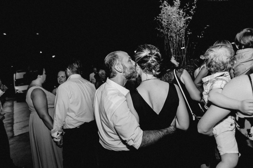 Barbara+Florian - BF-Hochzeit-Moebeldepot-059.jpg