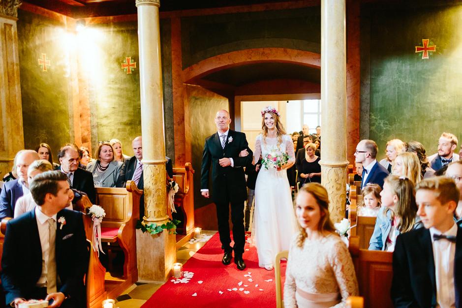 Tamara+Thomas - Hochzeit-Burg-Forchtenstein-039.jpg