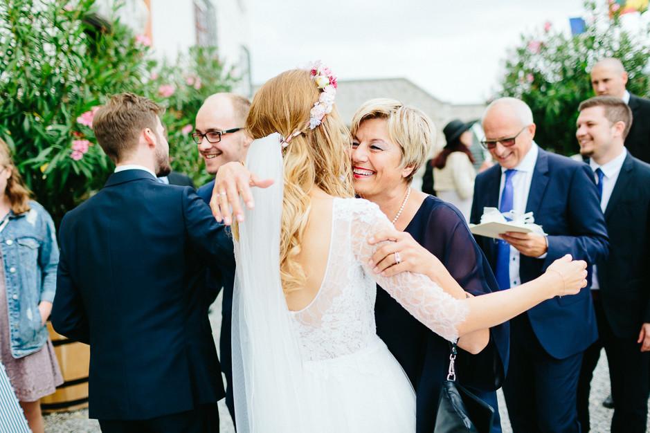 Tamara+Thomas - Hochzeit-Burg-Forchtenstein-052.jpg