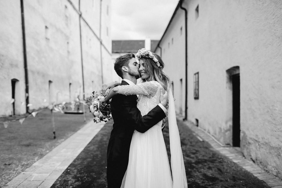 Tamara+Thomas - Hochzeit-Burg-Forchtenstein-060.jpg