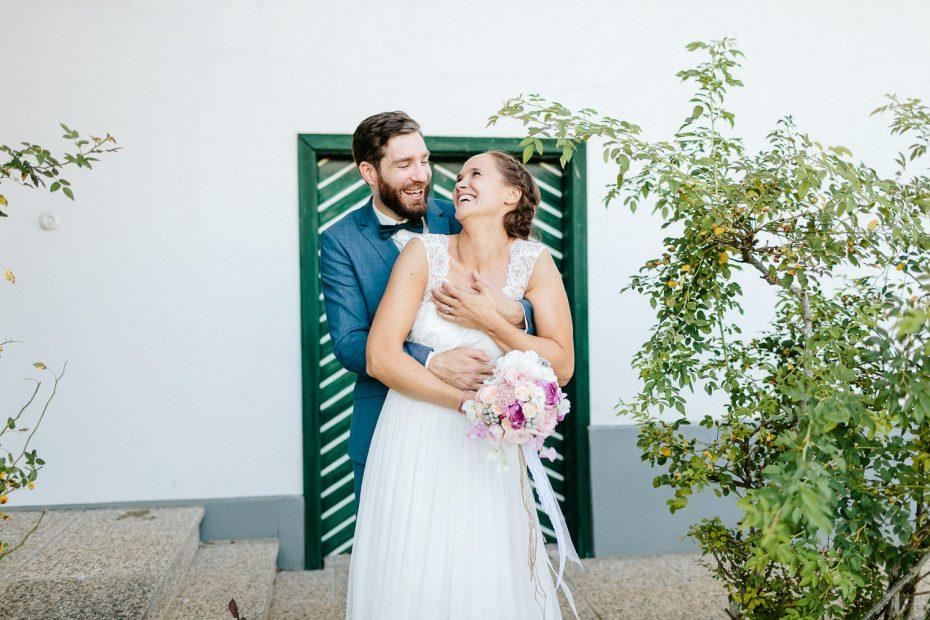 Julia+Daniel - JD-Hochzeit-Weingut-Holler-063.jpg
