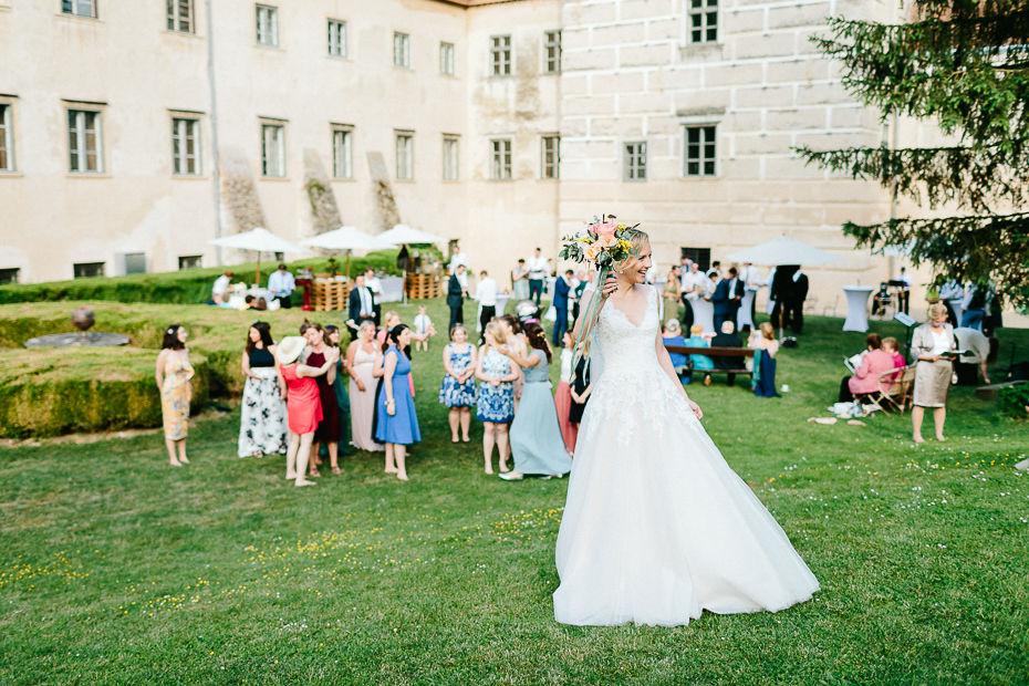 Michaela+Patrick - MP-Hochzeit-Schloss-Walpersdorf-055.jpg
