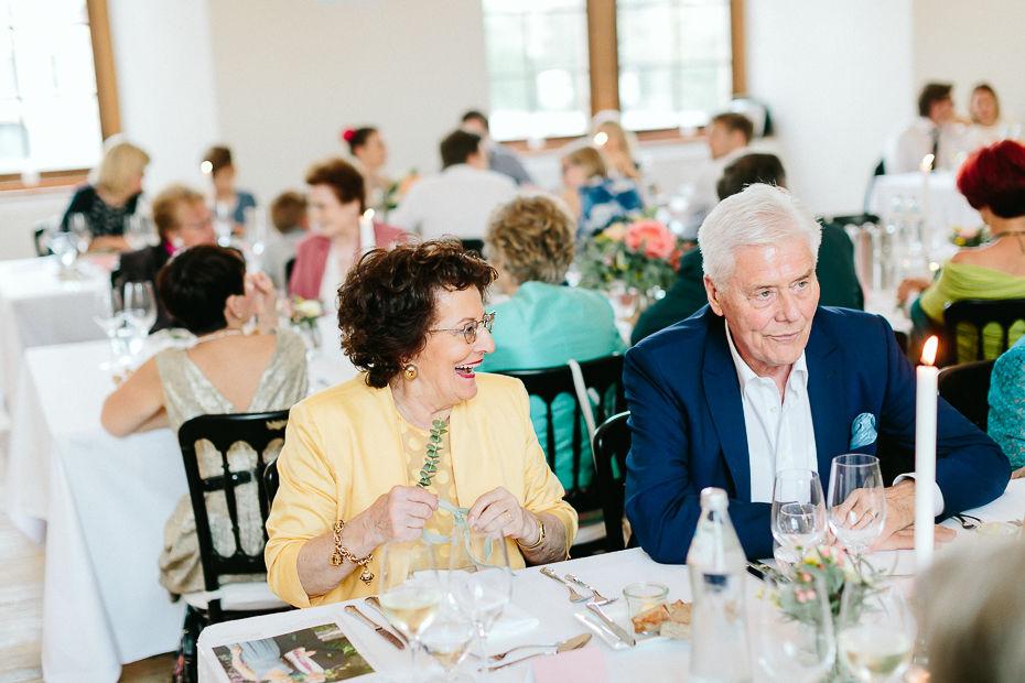 Michaela+Patrick - MP-Hochzeit-Schloss-Walpersdorf-073.jpg