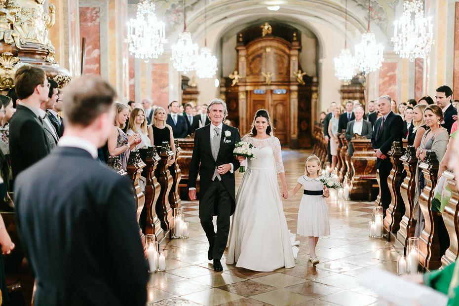 Valentina+Matthias - VM-Hochzeit-Schlosspark-Mühlbach-am-Manhartsberg-027.jpg