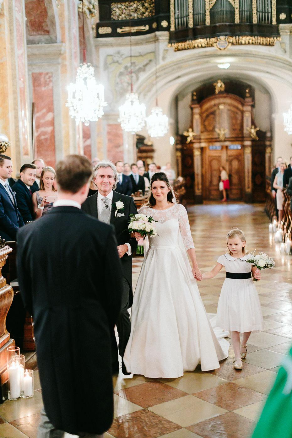 Valentina+Matthias - VM-Hochzeit-Schlosspark-Mühlbach-am-Manhartsberg-028.jpg