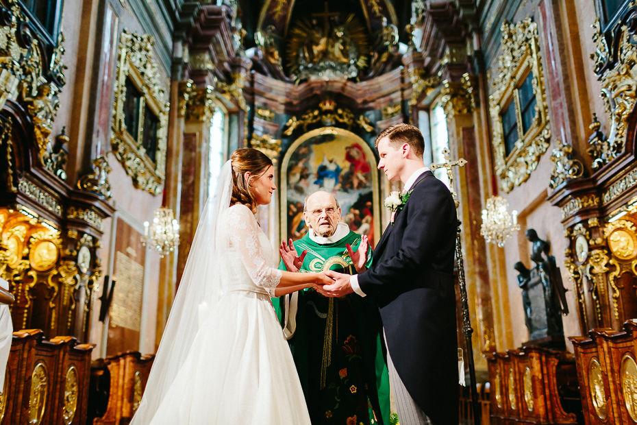 Valentina+Matthias - VM-Hochzeit-Schlosspark-Mühlbach-am-Manhartsberg-033.jpg