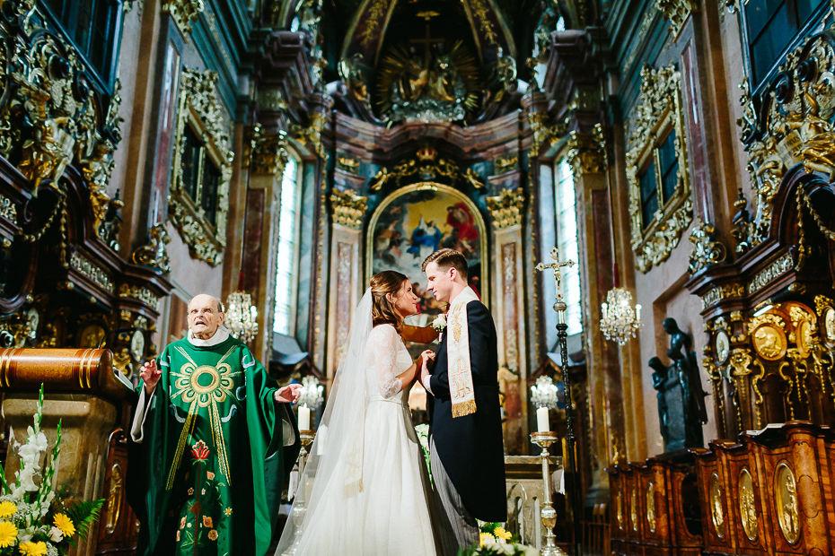 Valentina+Matthias - VM-Hochzeit-Schlosspark-Mühlbach-am-Manhartsberg-036.jpg