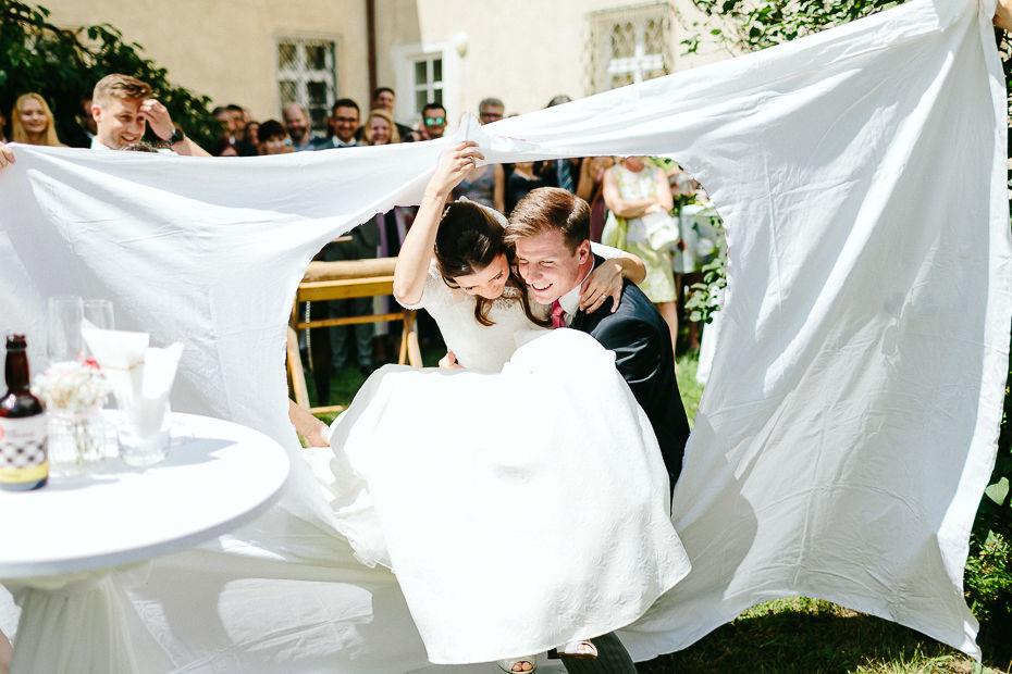 Valentina+Matthias - VM-Hochzeit-Schlosspark-Mühlbach-am-Manhartsberg-056.jpg
