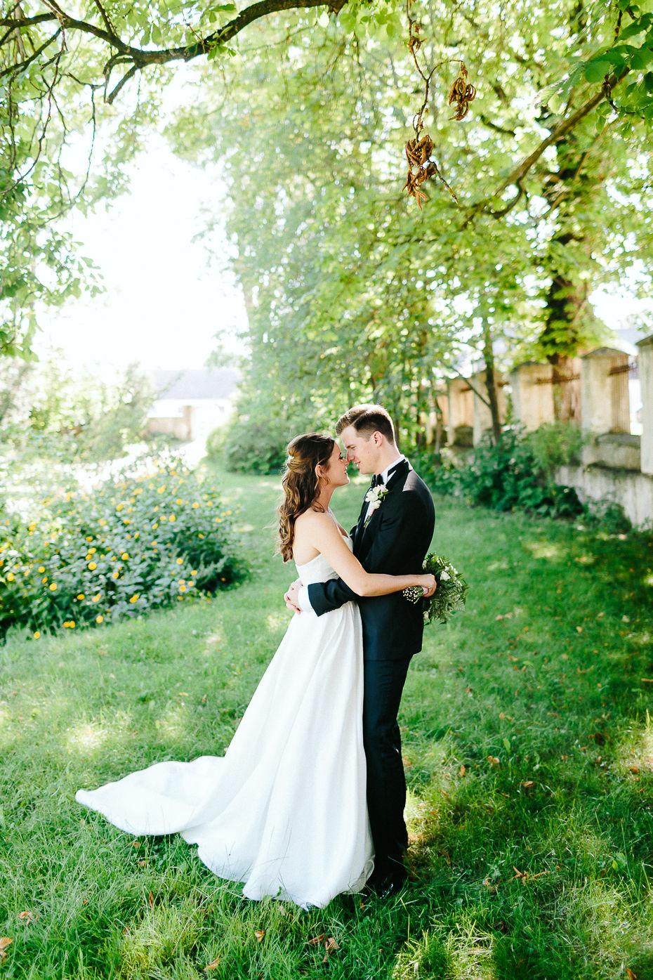 Valentina+Matthias - VM-Hochzeit-Schlosspark-Mühlbach-am-Manhartsberg-061.jpg